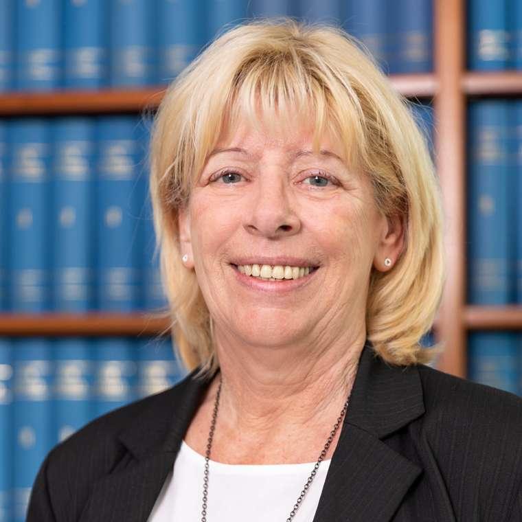 Liane Leipold